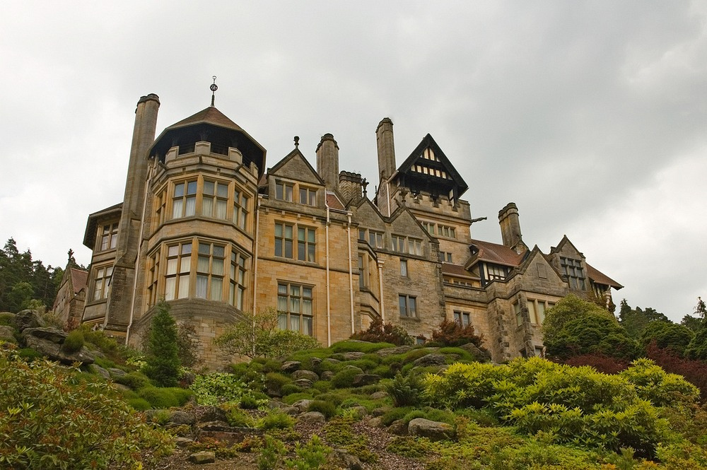Cragside Was The World's First House That Had Electricity