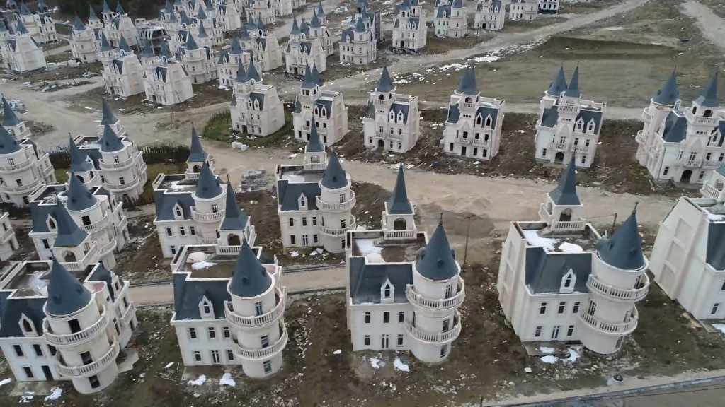 Burj al Babas Estate Created This Town Of Abandoned Mini Chateaux