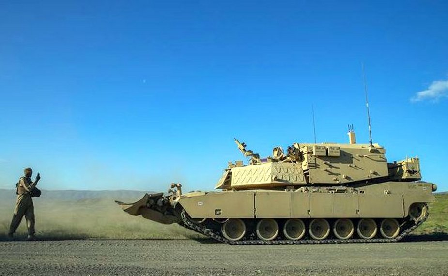 Robotic Complex Breach Concept Vehicle Is Undergoing Testing