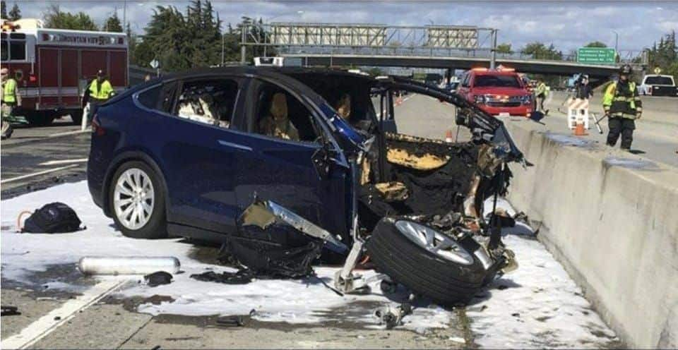 The Family Of Walter Huang Is Suing Tesla For Its Defective Autopilot System!