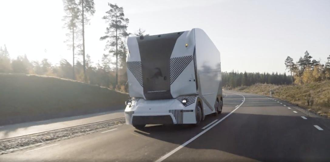 T-Pod Truck By Einride Is Self-Driving And Undergoing Trials