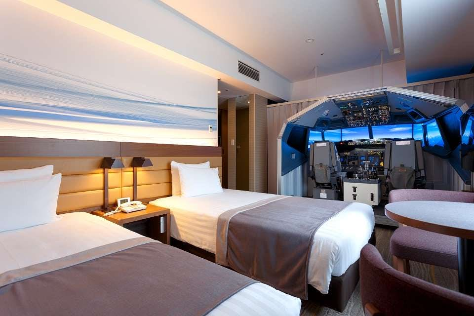 The Haneda Excel Hotel Tokyu Has Installed A Flight Simulator For Guests