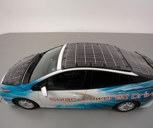 Toyota Is All Set To Test Solar Panel Loaded Prius On The Road