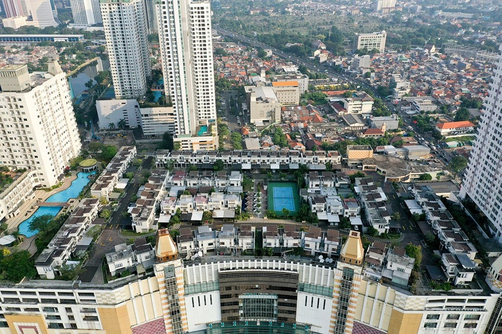 Cosmo Park Is One Of The Jakarta's Rooftop Communities