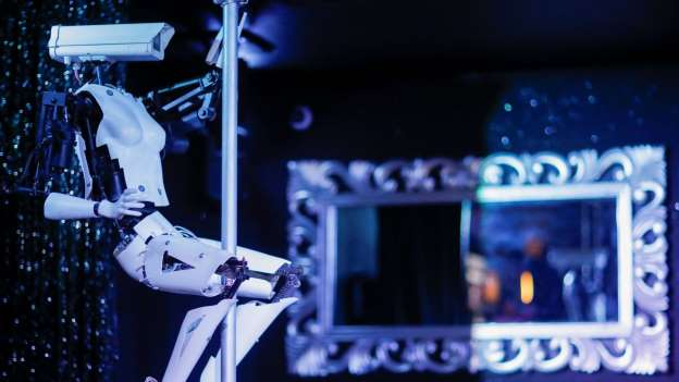 Robot Pole Dancers By Giles Walker Will Be Debuting At The SC-Club