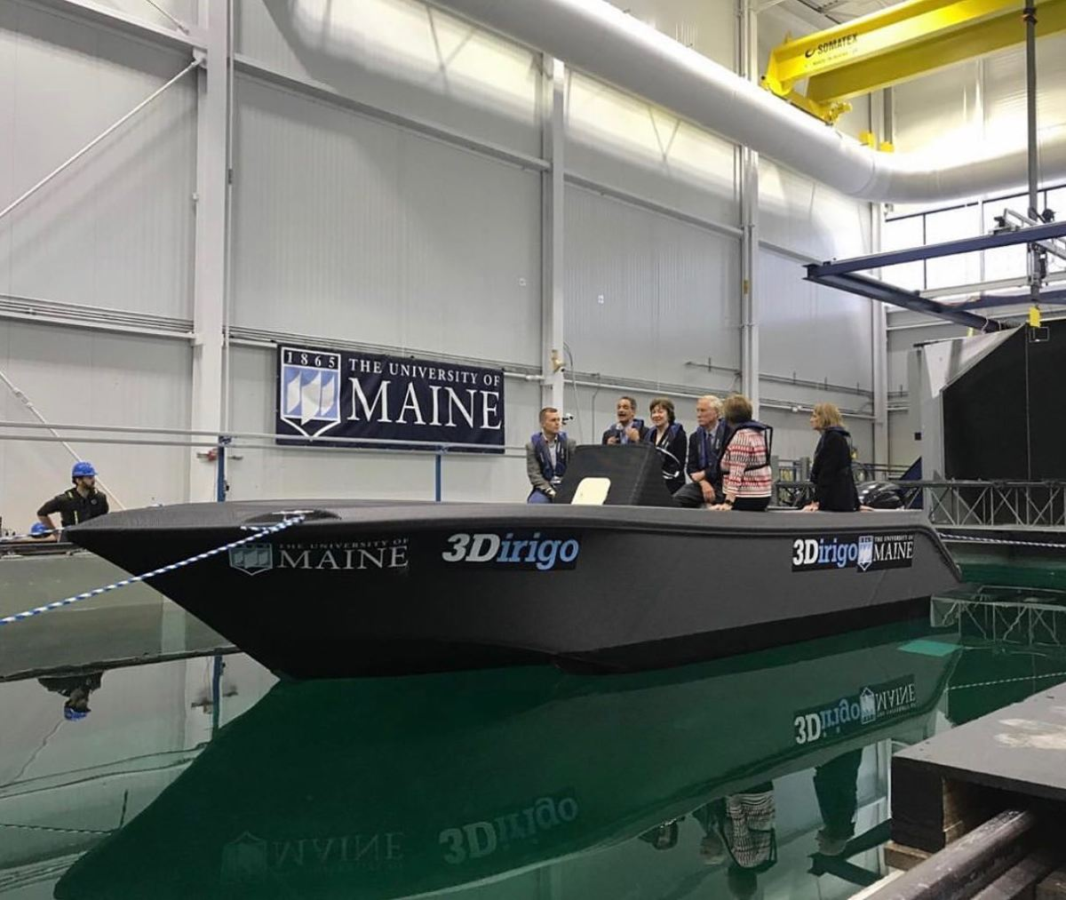 Largest 3D Printer Was Used For 3D Printing This Boat By University Of Maine