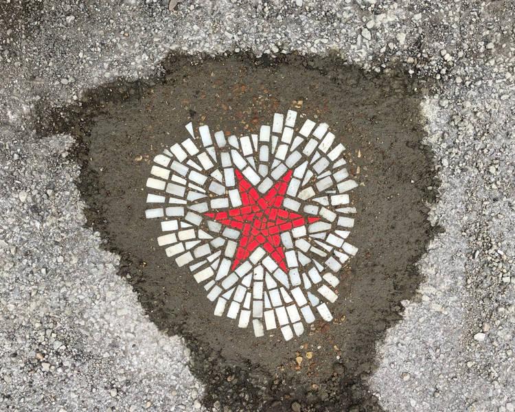 Meet Jim Bachor – Chicago's Pothole Artist Who Transforms Potholes