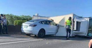 Tesla Model 3 On Autopilot Slammed Into A Truck On A Highway