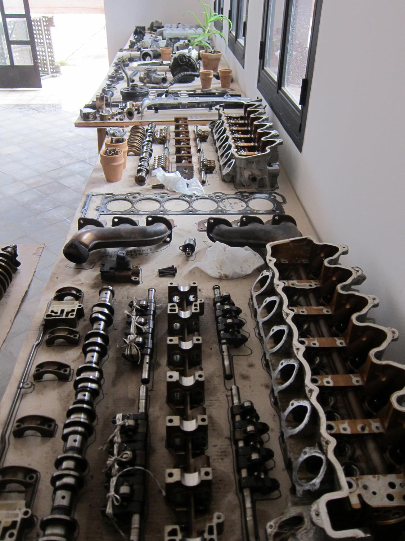 The V12 Mercedes engine completely dismantled
